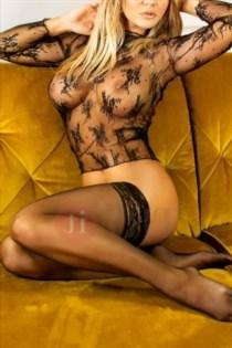 Dommeniqe, horny girls in Germany - 2226