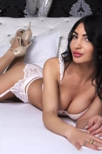 Ndemah, horny girls in Italy - 14246